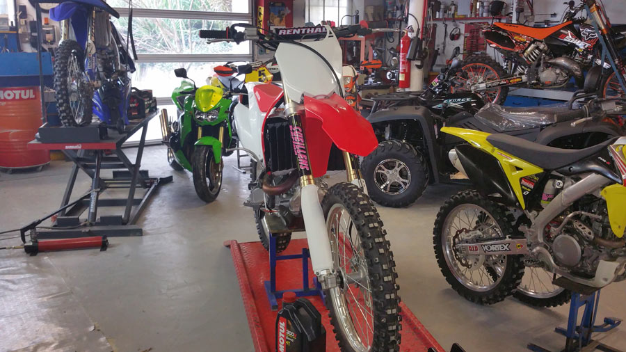 Pr paration tout type de moto cross tout terrain gers for Garage preparation moto